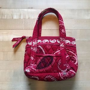 Vera Bradley small purse - Mesa Red pattern